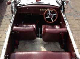Vintage style Beauford for weddings in Rpmford